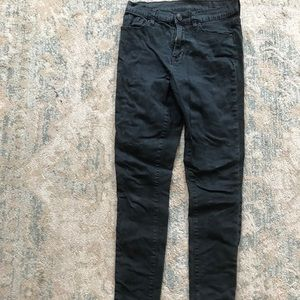 Black skinny jeans don't miss out on these